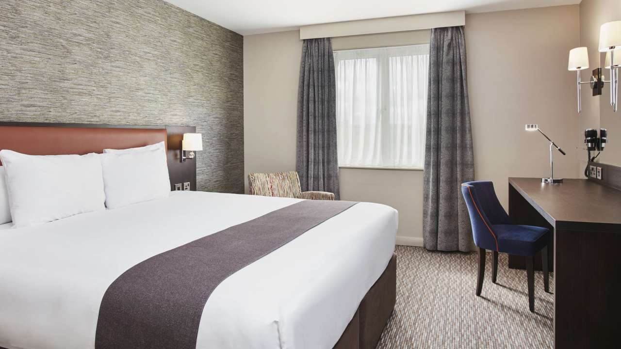 Holiday Inn Belfast City Centre Spring Offers.jpg