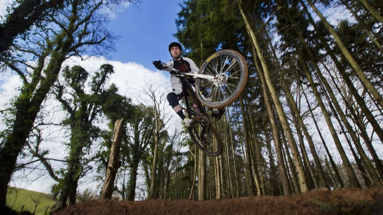 Mountain biker at Barnett Demesne MountainBike Trails