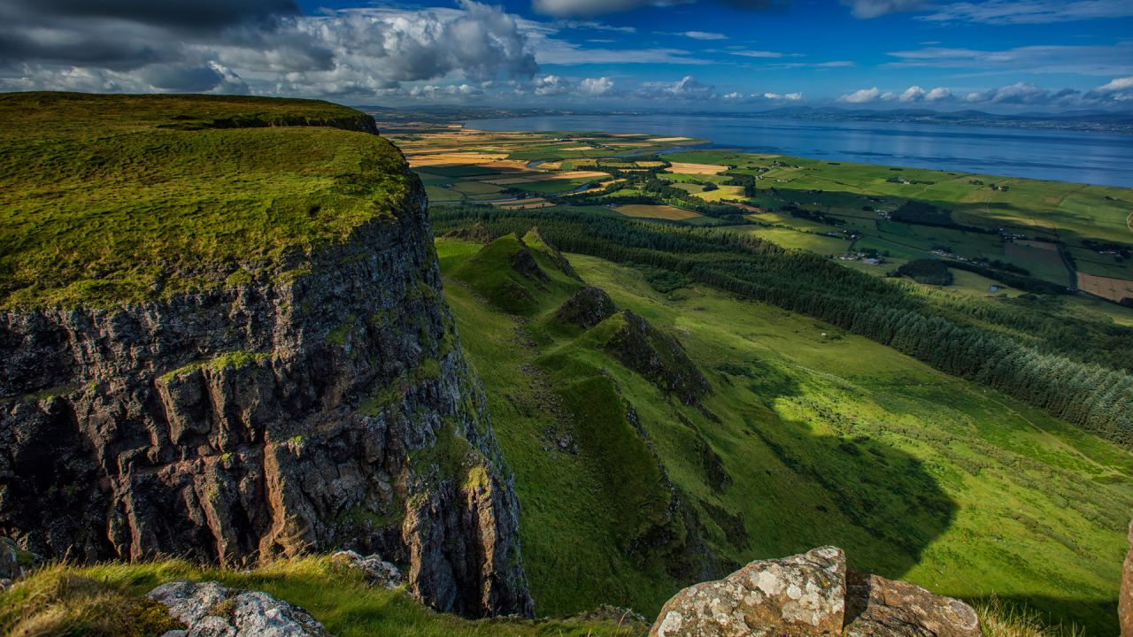 Game of Thrones Filming Location Binevenagh was featured as the Dothraki Grasslands