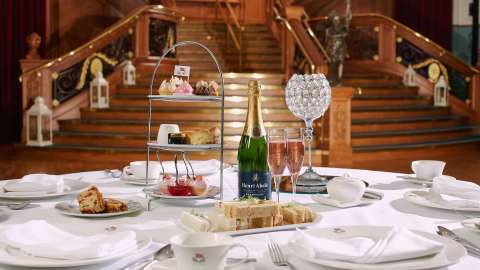 Titanic Afternoon Tea
